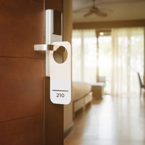 spm2000-hotelservice